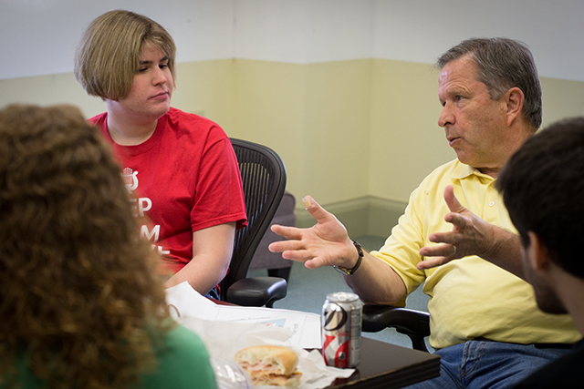 SBI director Tom Heuer hosts a weekly brown-bag lunch for discussion with students.