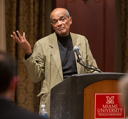 Photographer Herbert Randall spoke at Miami in March about his experiences