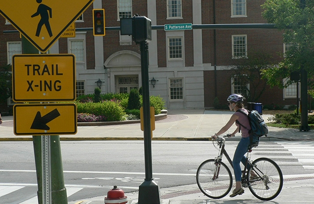 Bike Lane Do's and Don'ts Slideshow