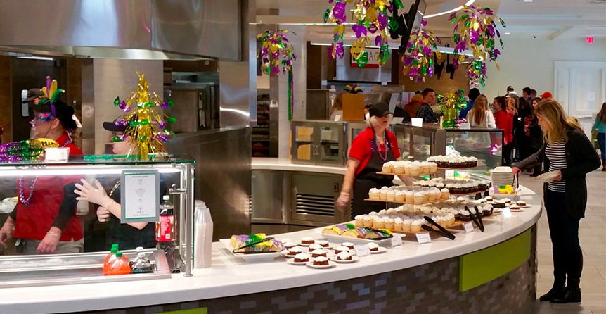 A Recent Mardi Gras Dinner At Garden Commons Was One Of The Special Themed Dinners Offered