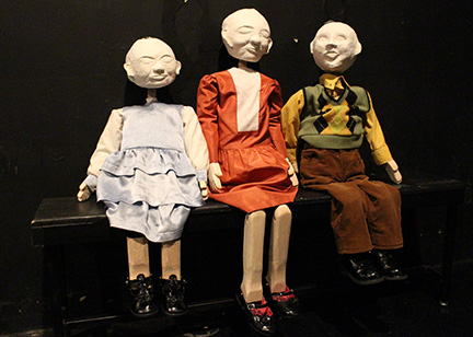 long-christmas-ride-home-puppets