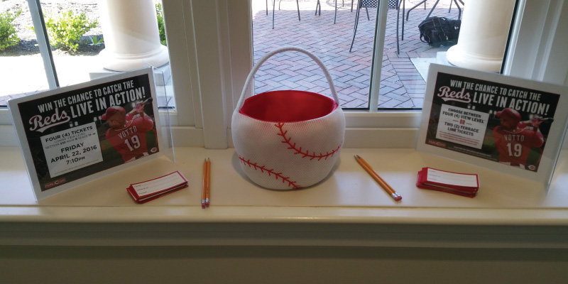 Cincinnati Reds raffle at Seventh Inning Stretch special dinner.