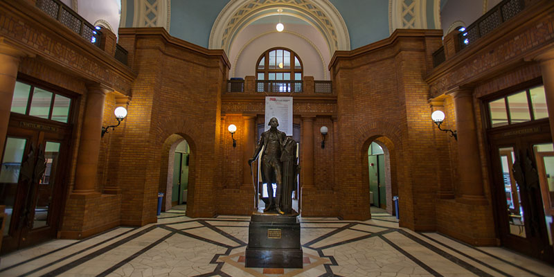 Interior of Alumni Hall, showing statue and rotunda