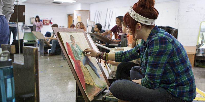 Students work in a drawing studio