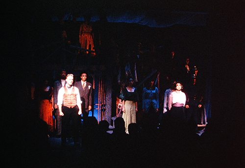 Full ensemble of Threepenny Opera