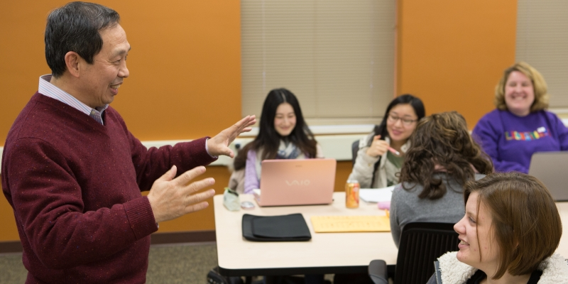Professor Wang teaching class.