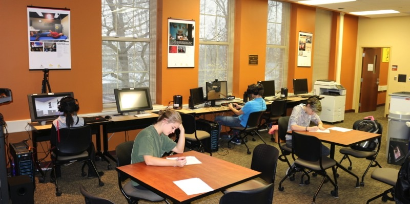 Engaging Technology Lab room with students