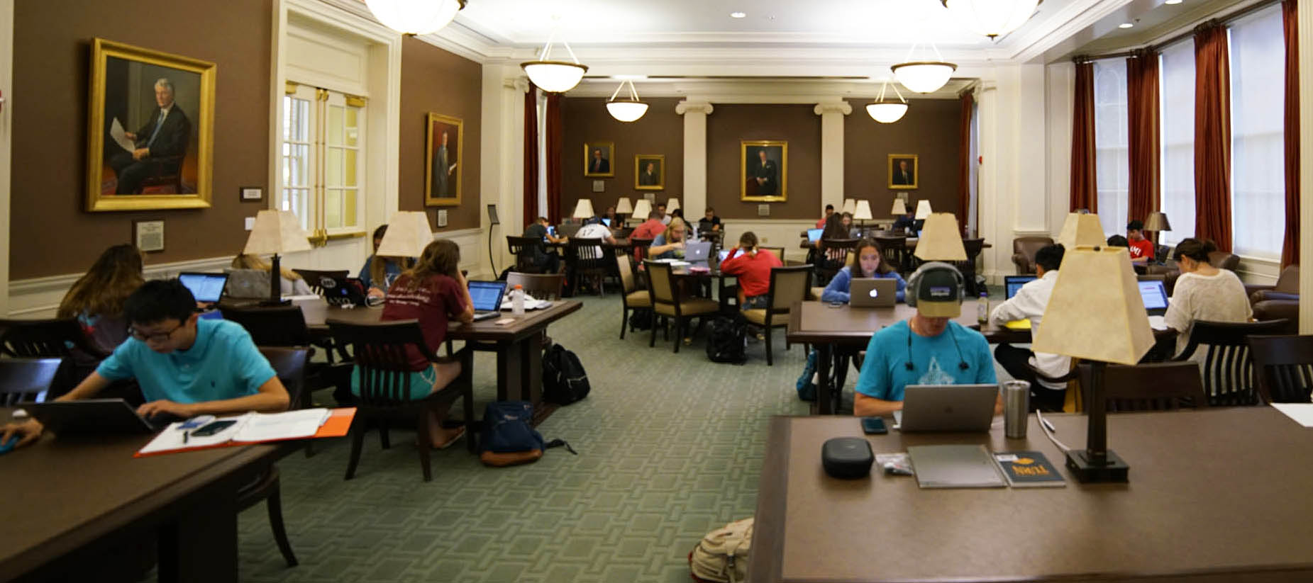 Student study in library at Farmer School