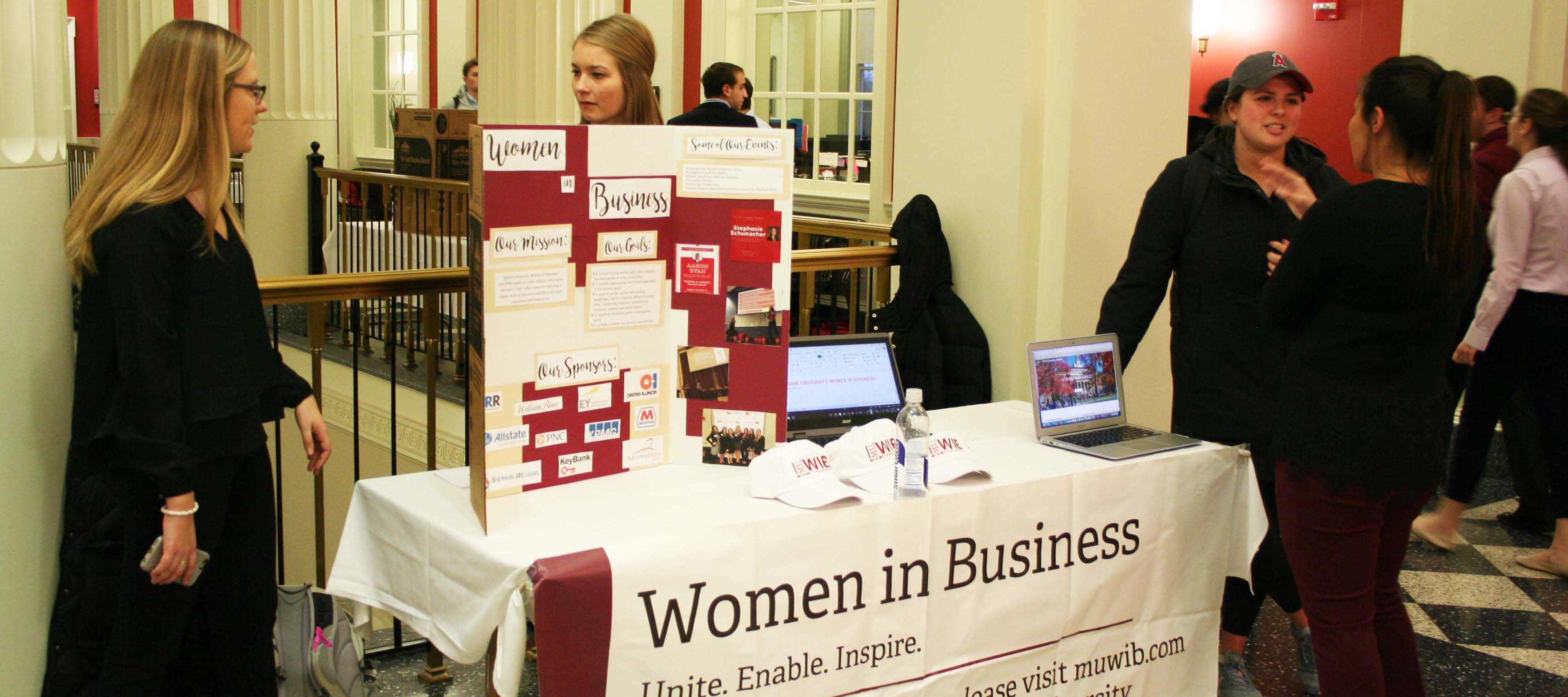 Women in Business table at Meet the B-Orgs