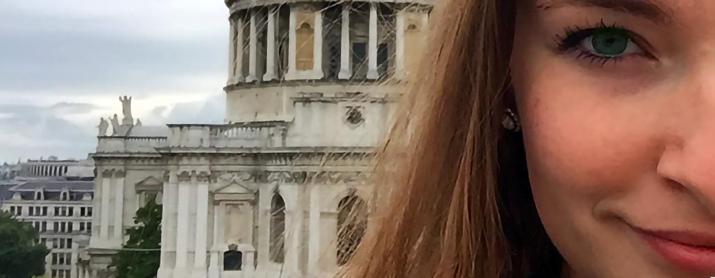 FSB student at St. Paul's Cathedral in London