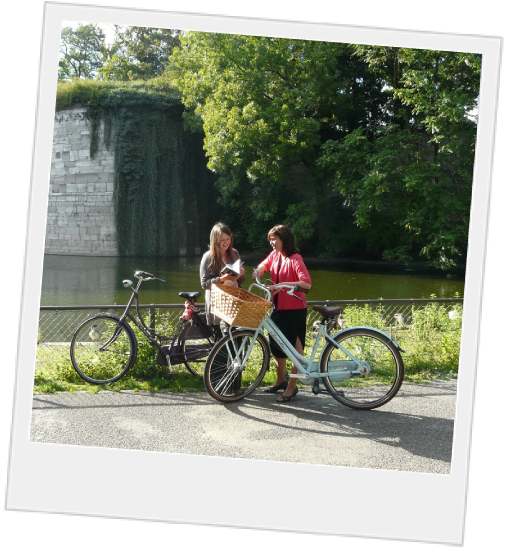 Polaroid of students on bikes in Maastricht