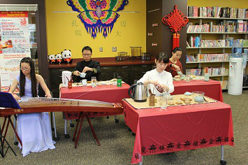 Chinese tea club participants