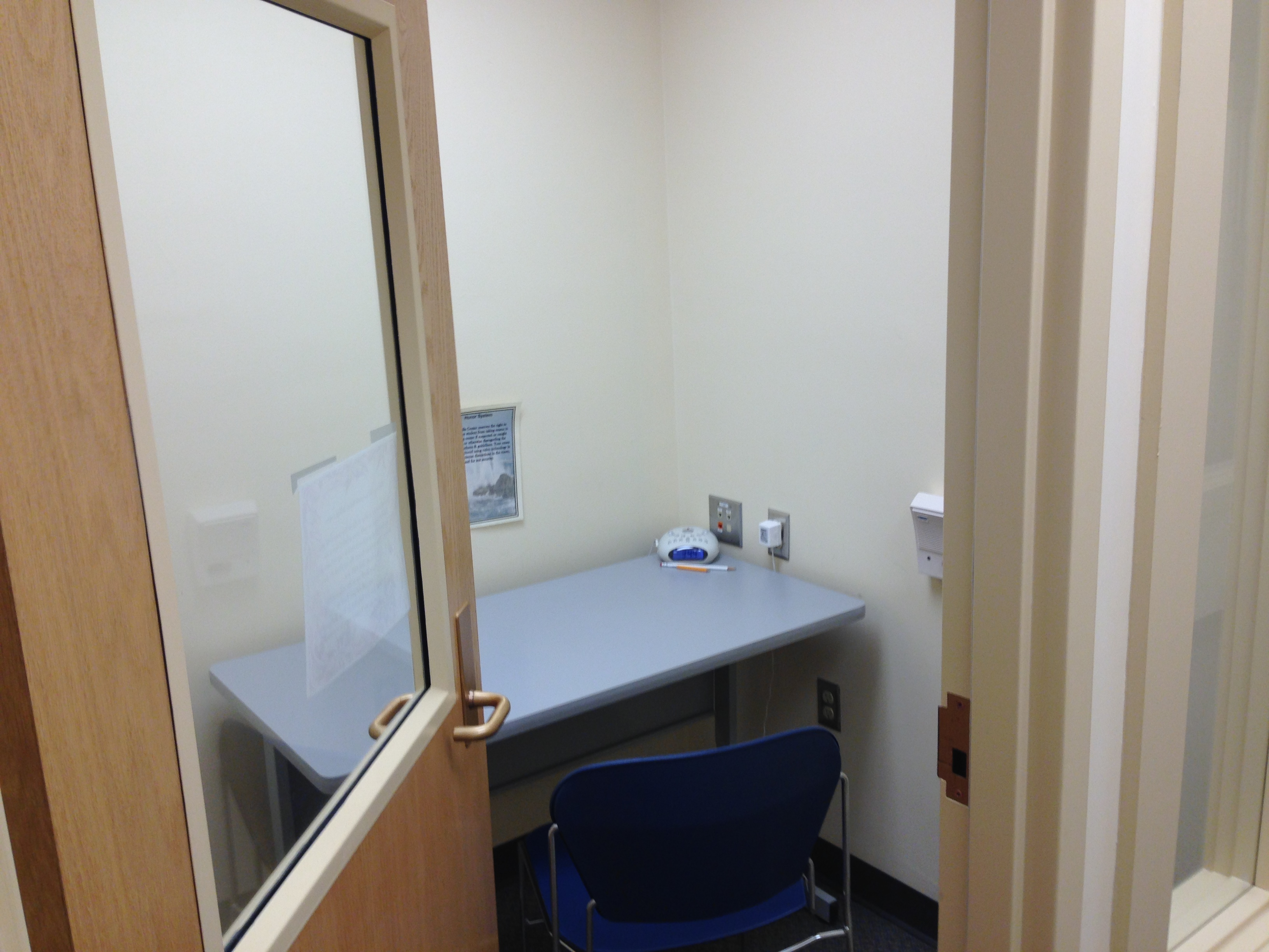 Image of an individual testing room in the Rinella Learning Center